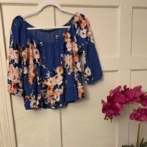 Staccato off the shoulder floral cropped blouse